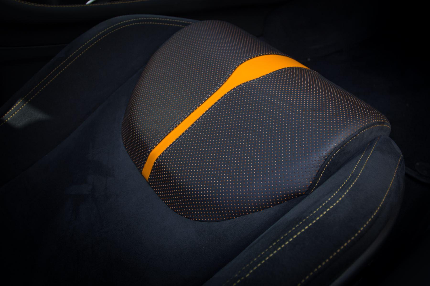 McLaren 570GT 570GT  image 35